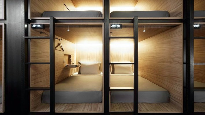 Front entry single pod the pod boutique capsule hotel  singapore